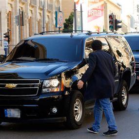 بالصور: موكب المشنوق يرصد سيارة مشبوهة في بيروت