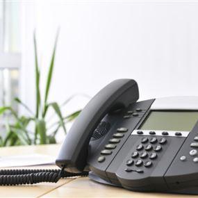 قرار من وزارة الاتصالات بتأجيل قطع الاشتراكات الهاتفية