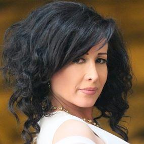 ممثلة لبنانيّة تعلن ترشّحها للانتخابات