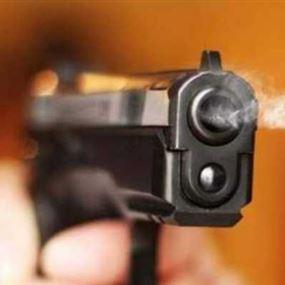 اطلق النار على منزلها بسبب خلاف على قطعة ارض