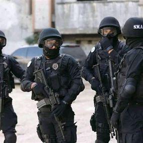 المجموعة الخاصة توقف مطلوبَين للقضاء بجرائم قتل ومخدرات