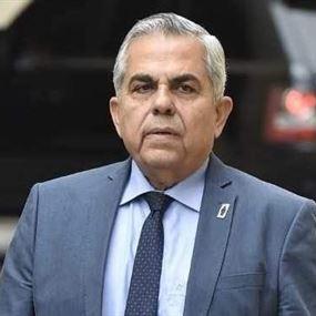 حكمت ديب: فادي هاشم عنصري!