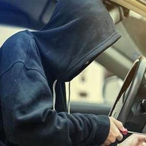السرقة الثالثة التي تشهدها البلدة لهذا النوع من السيارات...