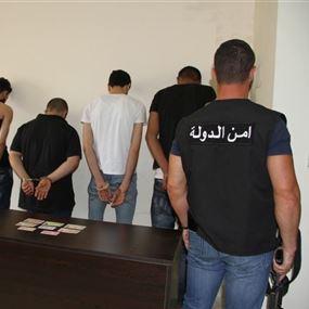 توقيف عصابة تؤمن مستندات مزوّرة للعمل في لبنان