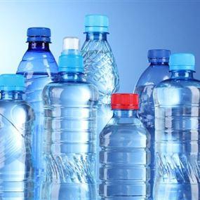 تحذير.. لا تستخدم زجاجة المياه البلاستيكية أكثر من مرة!
