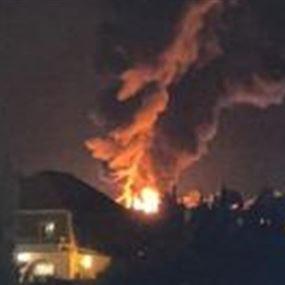 انفجار خزان للمحروقات بالقرب من محطة بنزين في منطقة القصر (فيديو)