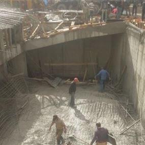 بالصور.. 5 جرحى بانهيار سقف مبنى قيد الانشاء في الجديدة