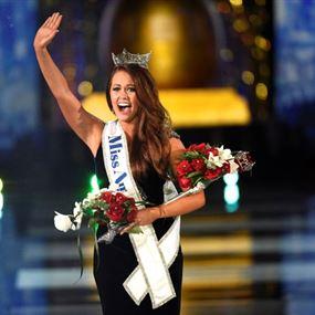بالصور... بطلة رقص تتوّج ملكة جمال أميركا لعام 2018