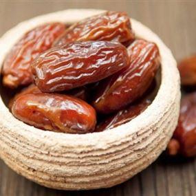 هذا ما يحصل بجسمك إن أكلت ثلاث حبات من التمر يومياً