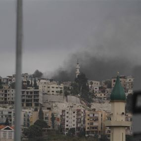 بالفيديو: اشتباكات عنيفة في مخيم المية ومية