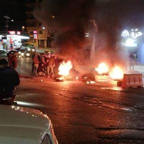 قطع الطريق عند مدخل جبل محسن بعد حلقة هوا الحرية (صور وفيديو)