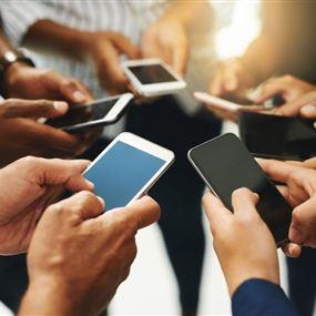 رسمياً.. واتساب ترفع إمكانية مكالمات الفيديو إلى ثمانية أشخاص