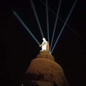 إضاءة مزار سيدة لبنان - حريصا بالعلم اللبناني