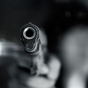 اطلق النار على شقيقه إثر اشكال عائلي