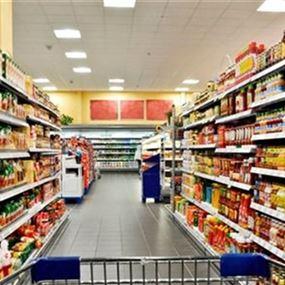 لبنان مقبل على أزمة مواد غذائية.. إلا إذا