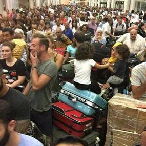 بالفيديو: زحمة غير اعتيادية.. ماذا يجري في مطار بيروت؟