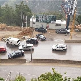 حادث بين أكثر من 10 سيارات على اوتوستراد المتن السريع