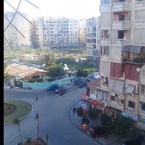 بالفيديو: إطلاق رصاص بغزارة خلال إشكال بين أصحاب الفانات