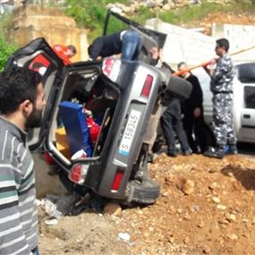 بالصور: مصرع أم ونجاة طفلها في حادث مروع