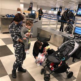 بالصور.. هذا ما جرى في مطار بيروت اليوم