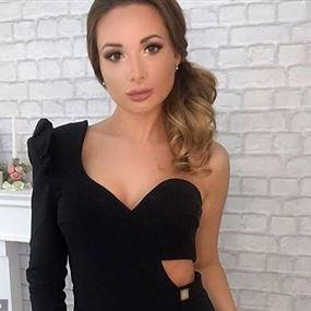 متسابقة في ملكات جمال روسيا مذبوحة وعارية داخل حقيبة