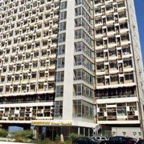 إقفال صالة الزبائن في مبنى كهرباء لبنان بعد ظهور ٣ إصابات
