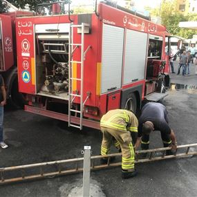 بالصور: حريق داخل سوبر ماركت فهد في فرن الشباك