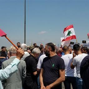 العسكريون المتقاعدون في نداء الى عون: لوقف ضرب تاريخك العسكري