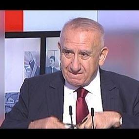 وفاة الصحافي والكاتب ادمون صعب