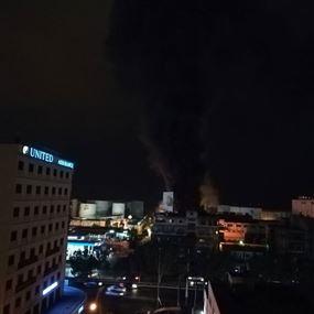 حريق داخل محل وشرفة شقة في الدورة