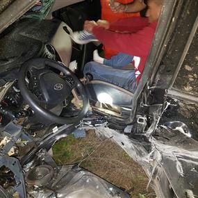بالصور: حادث سير على اوتوستراد المتن السريع