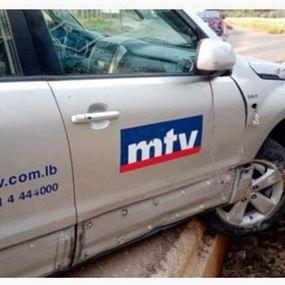 فريق MTV يتعرض لحادث.. نقلوا جميعاً الى المستشفى