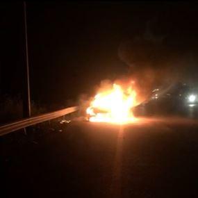 حريق في سيارة على اوتوستراد الزهراني