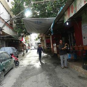 طعنات سكين اطلاق نار ورمي قنبلة خلال اشكال في مخيم البداوي