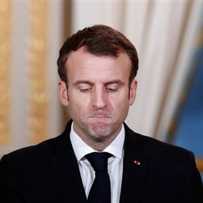 شخص يصفع ماكرون خلال زيارة جنوب فرنسا (فيديو)