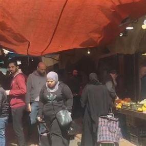بالفيديو: شوارع طرابلس تتحدّى الدولة وكورونا