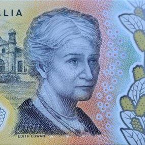 بالصورة: خطأ إملائي على ملايين العملات الورقية في أستراليا