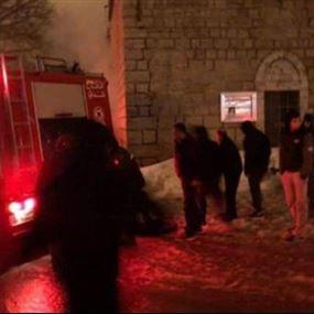 بالصور: صاعقة تضرب كنيسة مار جرجس في رعشين