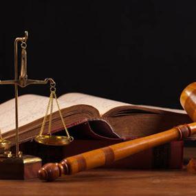 جلسة لاستجواب أعضاء بلدية مروحين بتهم الفساد