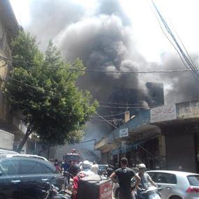 بالصور: حريق قرب كنيسة مار مارون في الدورة