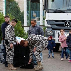 نازحون عادوا إلى سوريا يتركون أولادهم في لبنان!