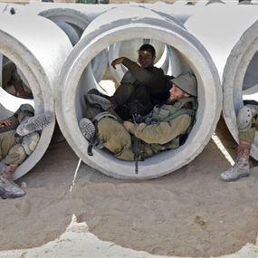 إسرائيل تنتظر الردّ وجنودها