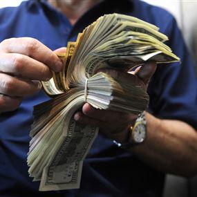 عطية طلب توفير أجهزة لتعقيم المستندات والأموال للحد من تفشي كورونا