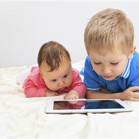 أهم ما عليكم مراقبته في أجهزة اولادكم الإلكترونية...