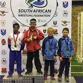بالفيديو: طفل لبناني يحرز لقب بطولة جنوب أفريقيا في المصارعة!