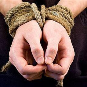 اختلق قصة اختطافه للتهرّب من دفع الديون المستحقة