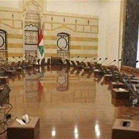 وزير في حكومة تصريف الأعمال يعلن إصابته بفيروس كورونا