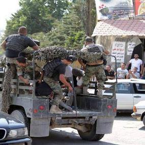 ضبط أعتدة عسكرية وكمية من الكابتاغون في مداهمة للمخابرات