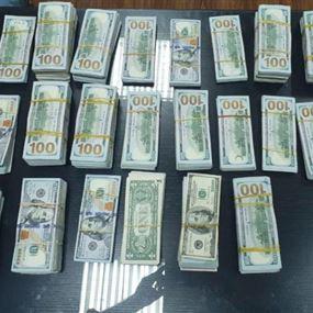 سرق نحو 450 ألف دولار من منزل صديقته في تلال عين سعادة