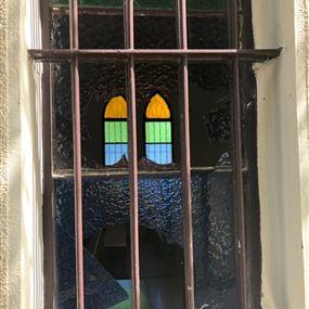 بالصور: الاعتداء على كنيسة مار يوسف